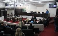 Alunos do Premen participam na sessão da Câmara