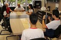 Alunos entrevistam presidente da Câmara sobre Hospital Regional