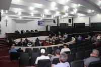Câmara aprova reajuste, rejeita consórcio e vota mais 6 projetos