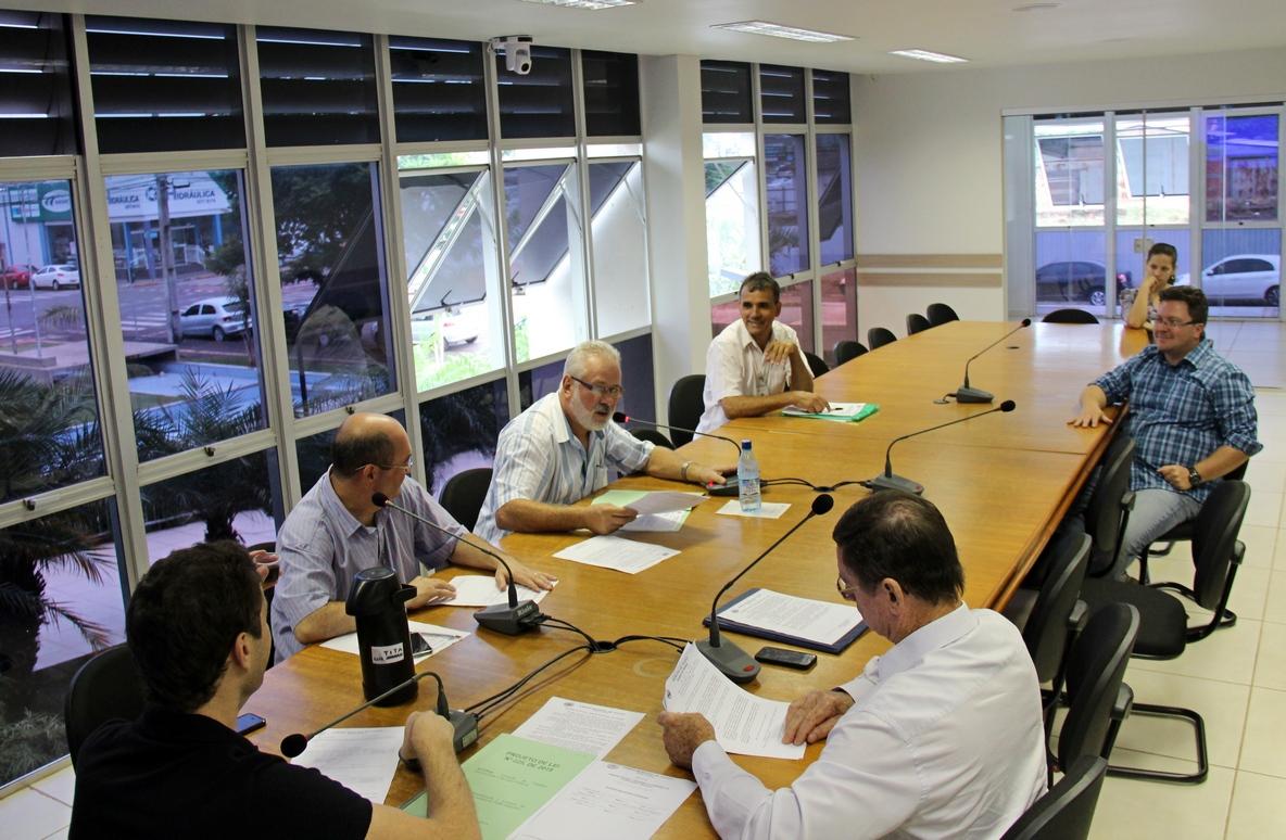 Comissões apreciam projetos e enviam para votação em plenário