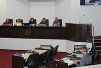 CPI ouve ex-secretários e relatos de arrombamento e furto no HR