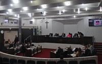 Segunda sessão aprecia projetos com pedidos de urgência