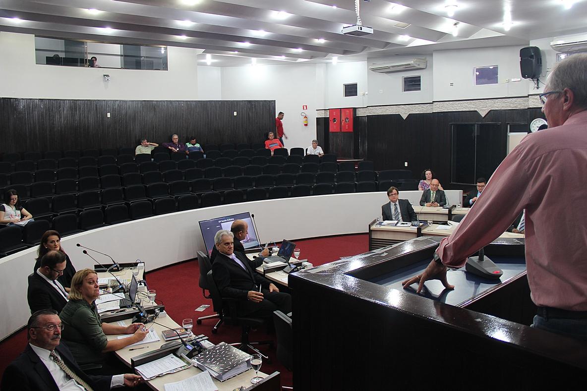 Tribuna Livre aborda curso sobre planejamento municipal