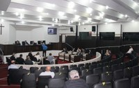Câmara prorroga prazo à UFPR, rejeita parecer e debate Creas II