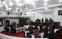 Câmara retoma sessões com homenagem a pastor e outros falecidos